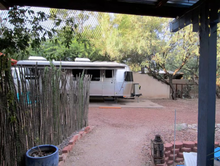 10 Quirky Overnight Stays In Arizona