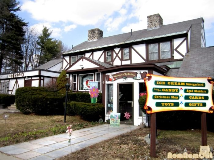 Peachy Visit Kellerhaus In Laconia For A Build Your Own Sundae Bar Interior Design Ideas Gentotryabchikinfo