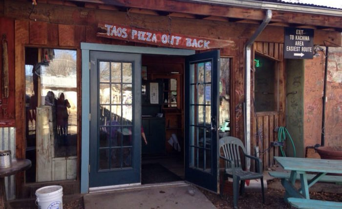 Taos Pizza Out Back, Taos