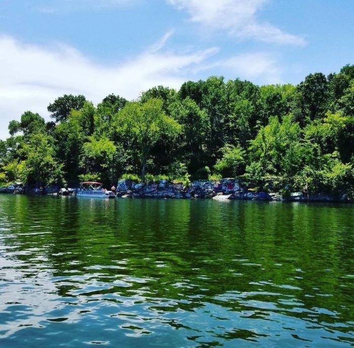 Kentucky Lake Rock Quarry Is A Beautiful Swimming Hole