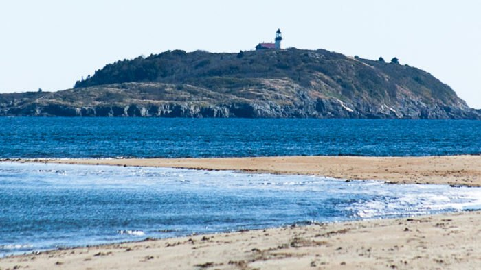 Cool The Story Behind This Haunted Lighthouse In Maine Is Truly Download Free Architecture Designs Rallybritishbridgeorg