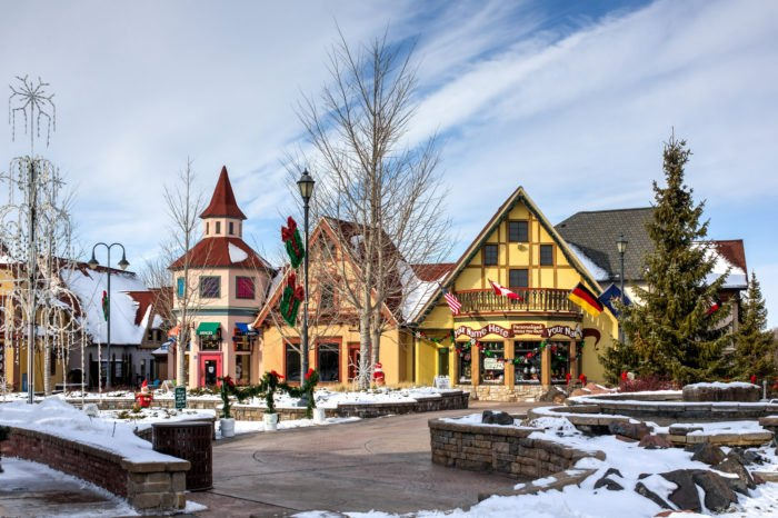 Christmas Michigan.The 9 Most Charming Christmas Towns In Michigan