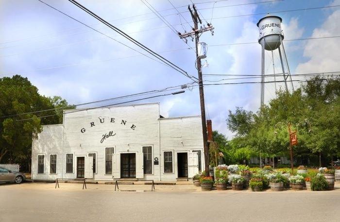 Gruene Hall Is The Oldest Dance Hall in Texas