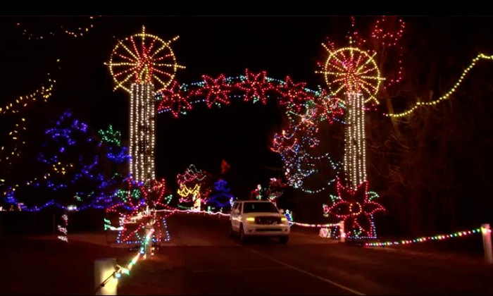 Drive-Thru Light Show In Oklahoma