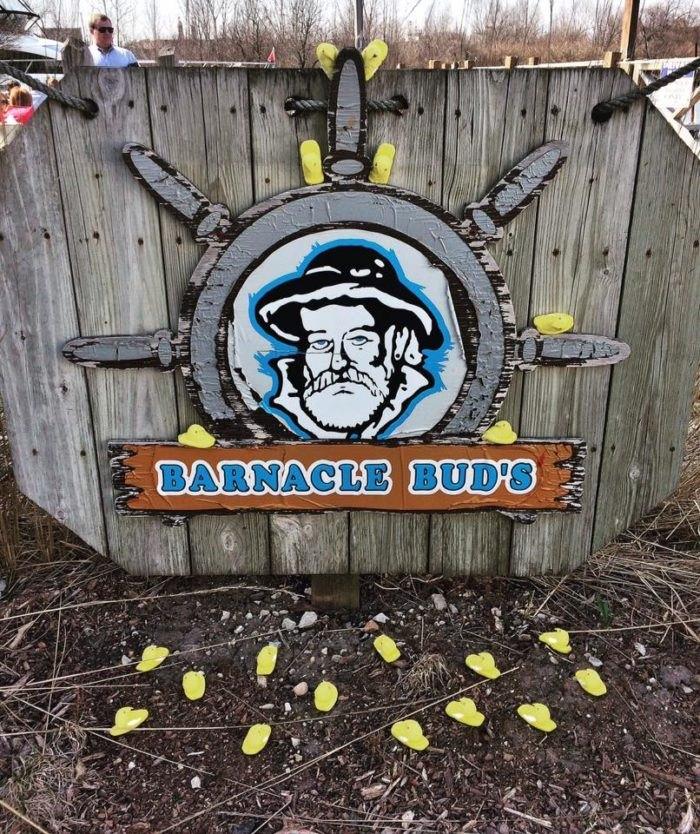 Barnacle Bud S Is Milwaukee S Best Unassuming Seafood Restaurant