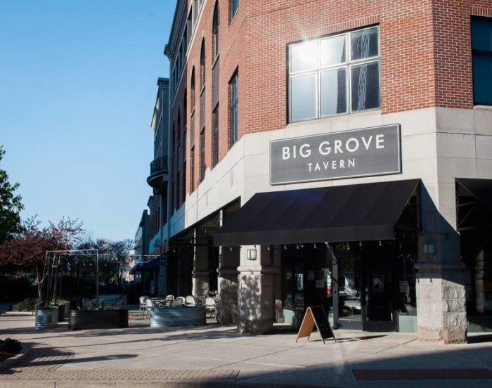 9 Restaurants In Illinois That Serve Huge Portions