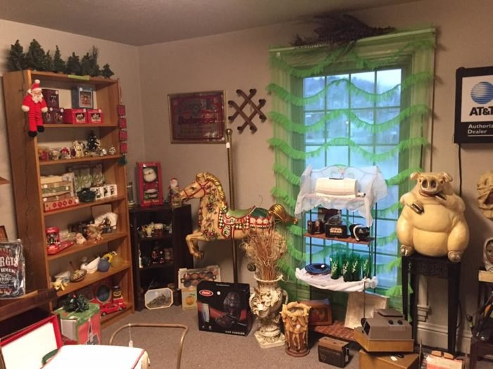 This Road Trip Will Take You To The Best Antique Stores Near Pittsburgh
