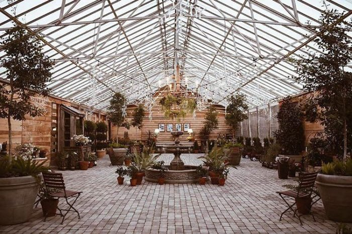 The Long Hollow Gardens Greenhouse In Tennessee Is Like A