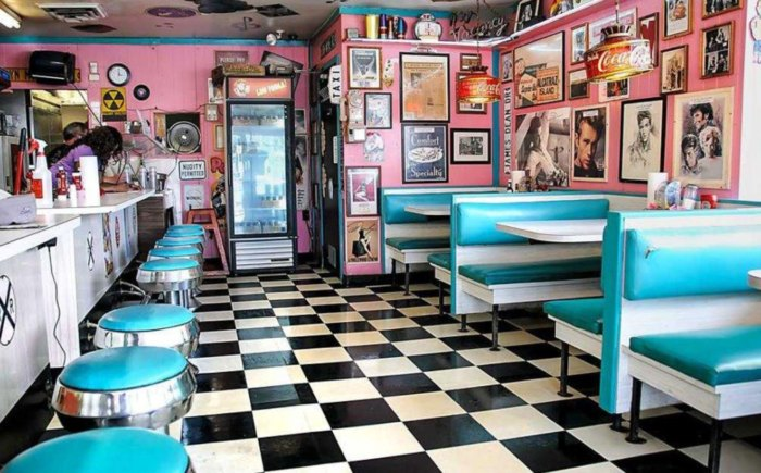 Rock Cola 50s Diner Is One Of The Best Nostalgic