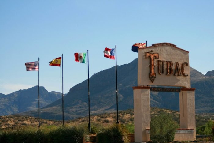 Visit Historic Tubac Arizona (Historic Southwestern Towns)