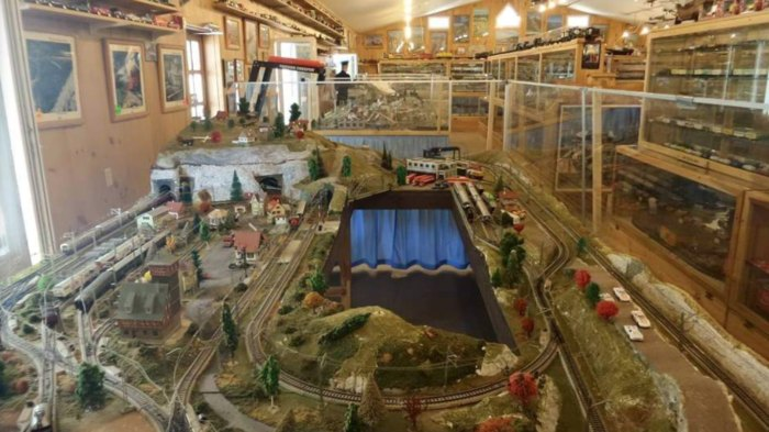 Train Lovers Will Adore New Hampshire's Hartmann Model Train