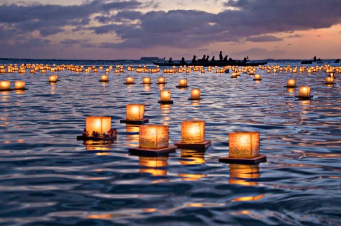 The Water Lantern Festival In Southern California That S A