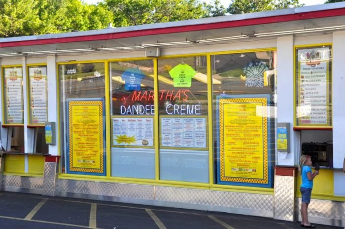 Martha's Dandee Creme In New York Is Worth Waiting In Line For