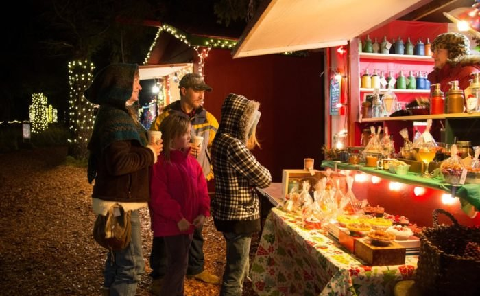 Cambria Christmas Market.The Cambria German Christmas Market In Southern California