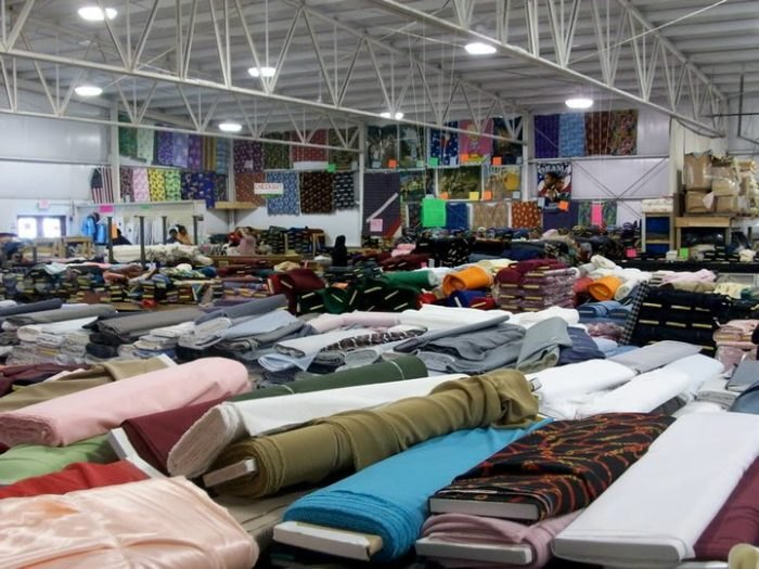 official photos 5be5b f1e53 Zinck's Fabric Outlet Is Northeast Ohio's Best Fabric Warehouse