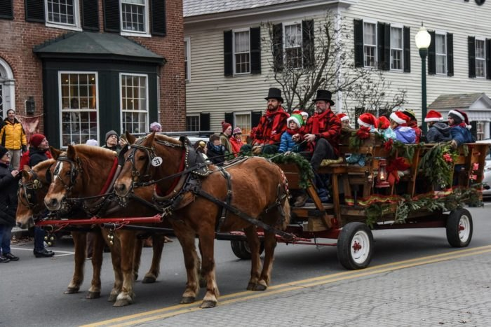 A Christmas In Vermont.8 Vermont Christmas Towns Where The Grinch Doesn T Stand A