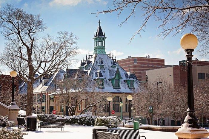 Clarksville, Tennessee Transforms Into A Winter Wonderland