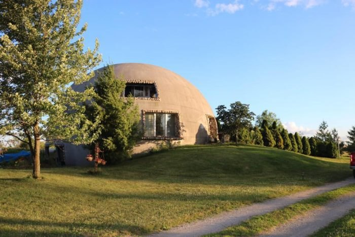 Thyme For Bed In Lowell Indiana Is A Dome Shaped Bed Breakfast