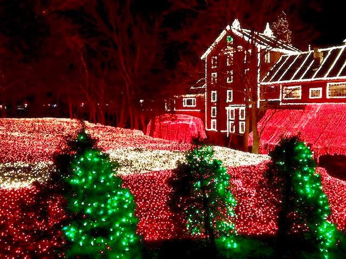 Clifton Mill Christmas Lights.The Best And Biggest Christmas Lights Display In Ohio