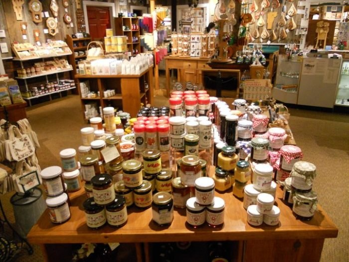 Vermont Gift Barn And Gallery A Huge Gift Shop Unlike Any Other