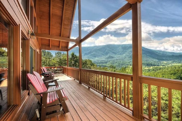 This Smoky Mountain Cabin Rental Is Simply Breathtaking