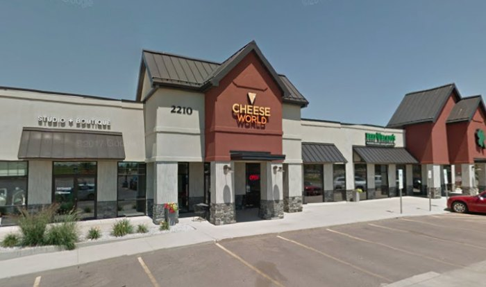 44193e033cdf Located in Sioux Falls is that of the aptly named Cheese World. It is a