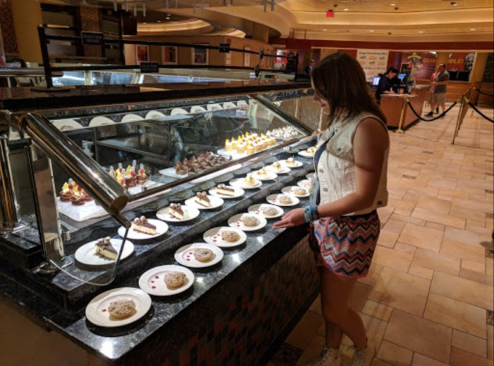 Fine The Rios Carnival World Buffet Is The Longest Buffet In Nevada Download Free Architecture Designs Pushbritishbridgeorg
