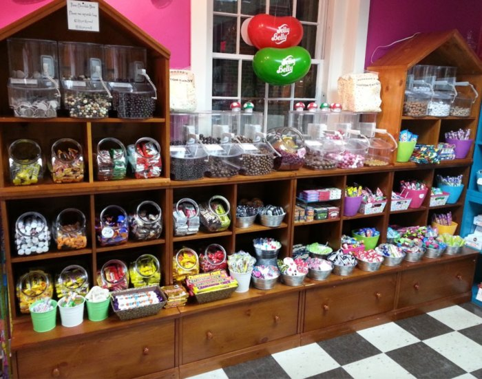 Super The Milkshakes From This Marvelous New Hampshire Sweet Shop Home Interior And Landscaping Ologienasavecom
