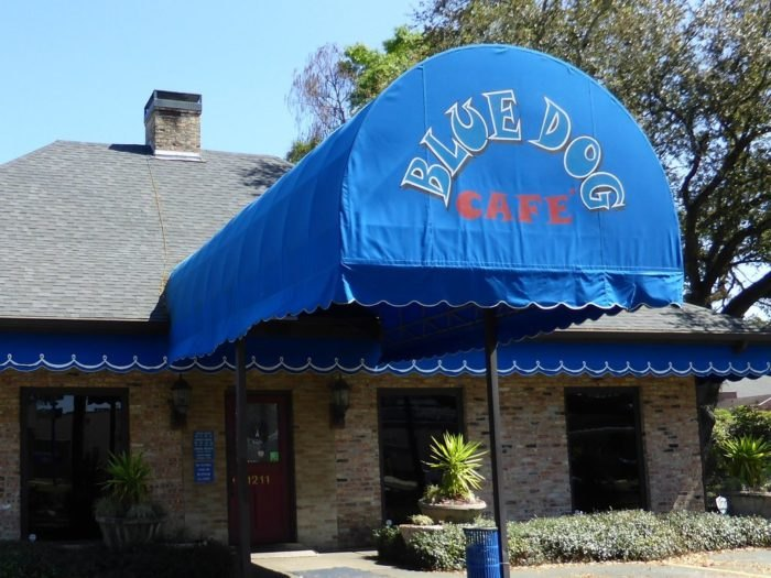 Blue Dog Cafe In Louisiana Is A Cajun Restaurant And Art Gallery
