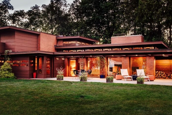 Stay The Night Inside A Frank Lloyd Wright House On AirBnb