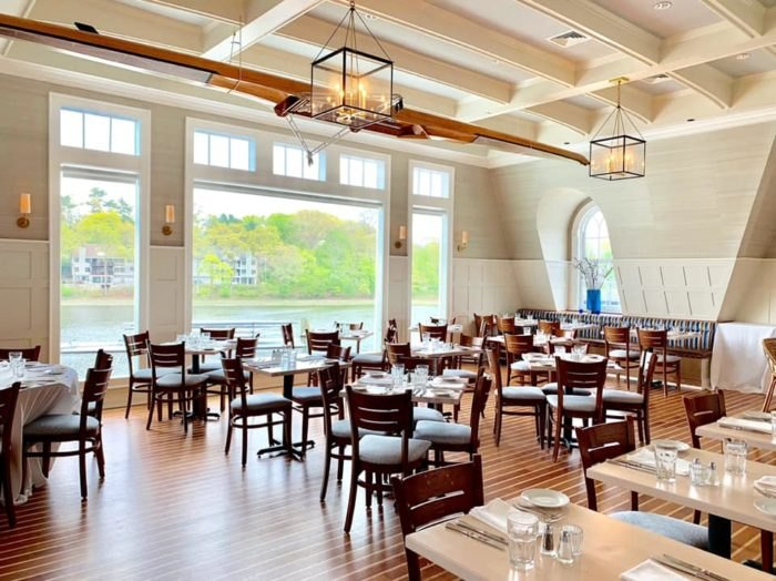 Connecticut S Boat House Restaurant Is A Summer Dining