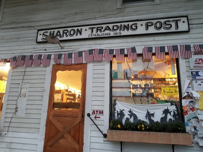 This Old-Fashioned Trading Post In Vermont Is The Last Of