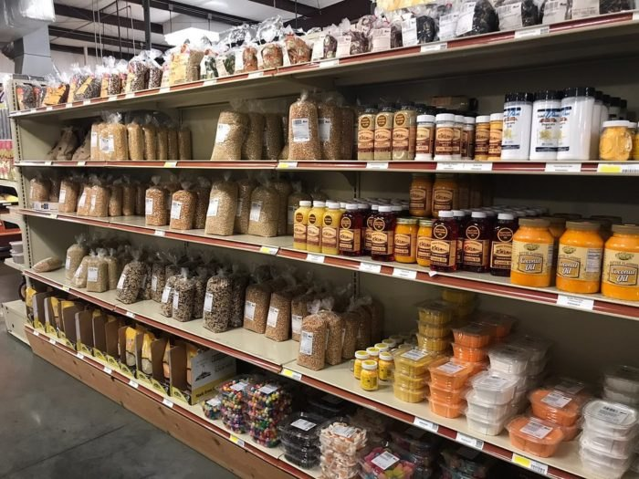 R&S Groceries And Amish Bakery In Kentucky Has The Biggest