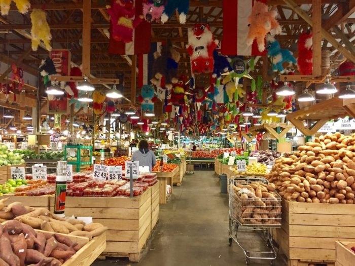 Horrocks Farm Market In Michigan Is Full Of Fresh Items