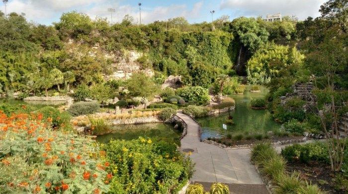 Japanese tea garden at brackenridge park in san antonio texas - Japanese tea garden san antonio restaurant ...