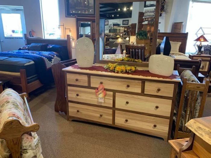 Black Carriage Furniture Is Colorado\'s Best Amish Store