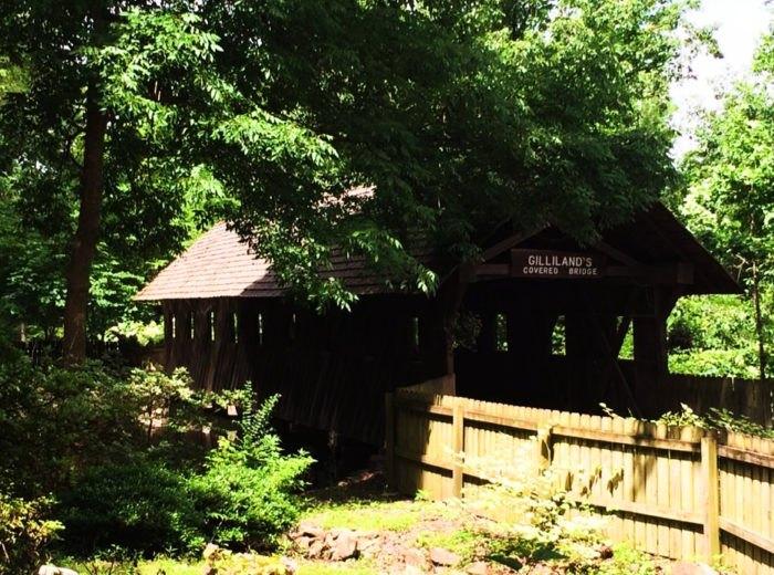Noccalula Falls Park In Gadsden Alabama Truly Has It All