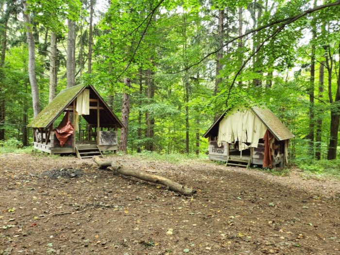 There's A Hike In New York That Leads You Straight To An Abandoned Girl Scout Camp