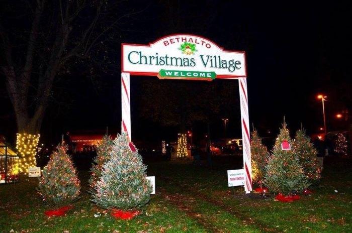 Bethalto Christmas Village Illinois