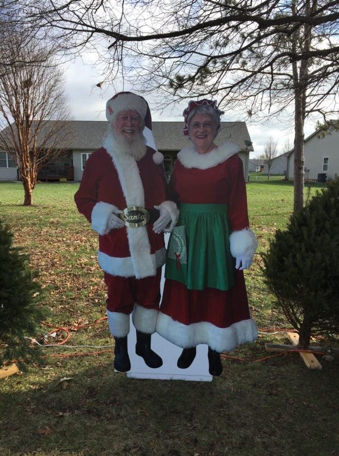 Bethalto Christmas Village Clauses Illinois