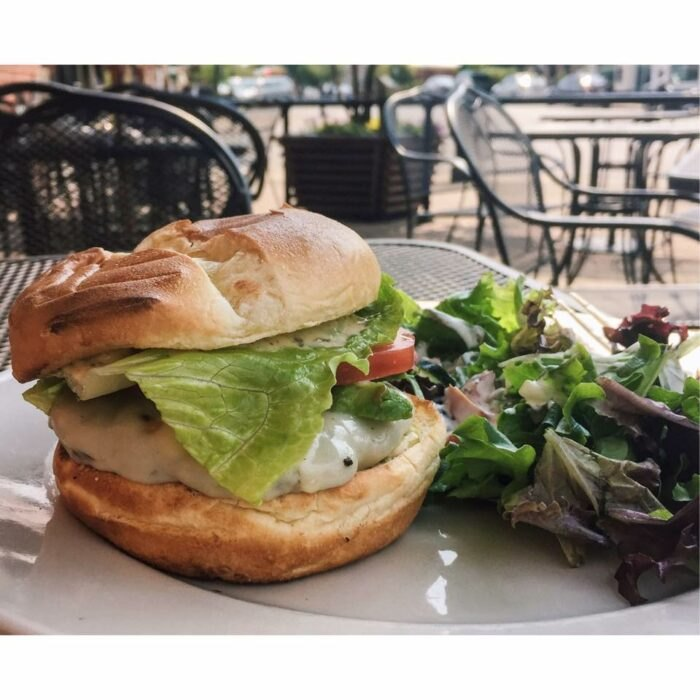 outdoor dining at Harvest Moon Craft Kitchen