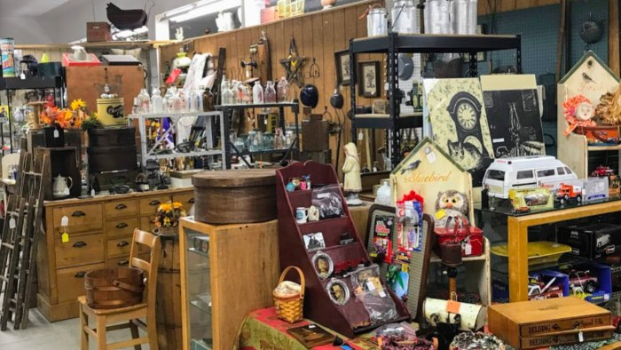 a huge selection at the Berlin Village Antique Mall in Ohio
