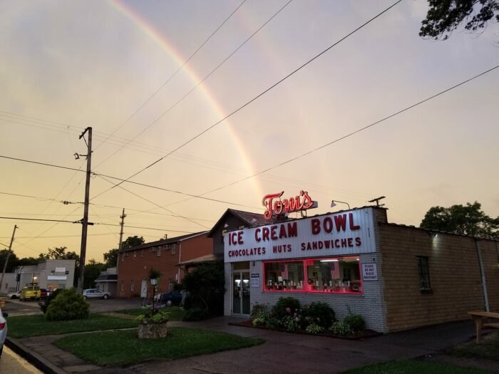 outside of Tom's Ice Cream Bowl in Ohio