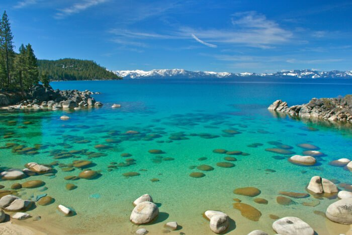 15 Crystal-Clear Lakes Across America That Will Make You Forget About The Coast
