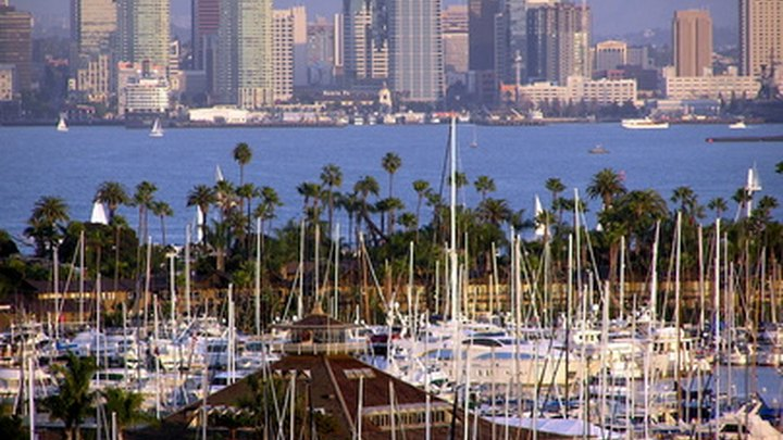 Pack up your RV and head to San Diego, California, to enjoy the year-round mild climate, sandy oceanfront beaches and outdoor recreation opportunities. San Diego RV parks are found throughout the metropolitan area and all have features and amenities designed to keep you fit and active. When you need a break from the park, head into city for world-class shopping at places, such as Fashion Valley Center Mall or dine on healthy, fresh seafood at restaurants including Anthony's Fish Grotto and Oceanaire Seafood.