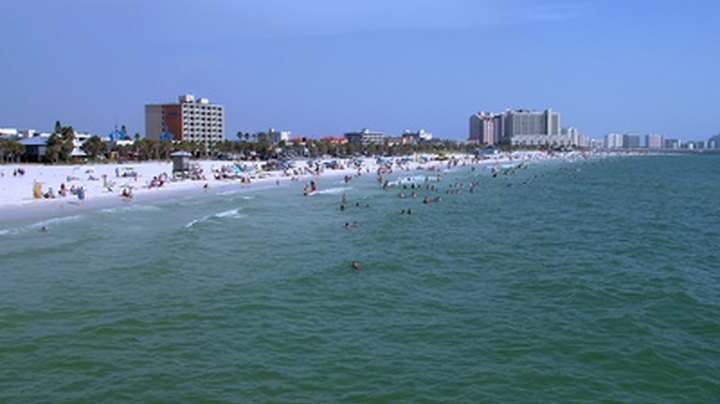 Florida's peninsular shape provides the long coastline that makes it an ideal destination for beach vacations. You can choose from locations on the Gulf Coast with gentle, warm waters or the Atlantic Coast with choppier waves and stronger surf. With approximately 1,200 miles of sand beaches, you're sure to find a destination that meets your needs.