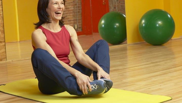 The inner thigh, or adductor, muscles draw the leg toward your body's midline. If the muscles are weak due to poor conditioning, you might be more susceptible to inner-thigh strain, a painful condition that can relegate you to the sidelines. You can work out your inner-thigh muscles with a variety of strength-boosting exercises, many of which require only basic equipment. Choose the one exercise that works for you and perform it regularly, or alternate between exercises for variety. Always finish up your inner-thigh routine with a gentle but thorough stretch to minimize post-workout soreness and maintain or improve adductor flexibility.