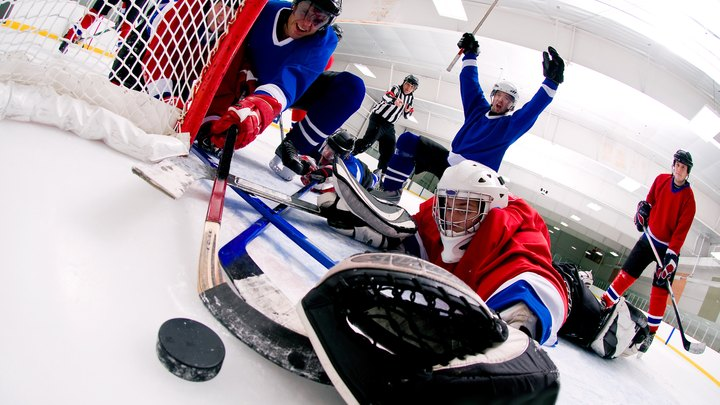 Hockey is a fast-paced, high-energy sport that occasionally requires you to play multiple games in one day. At tournaments, you might have a one-game break or several hours before the next game. As you come off the rink, drenched in sweat, you will require re-hydration, complex carbohydrates and lean protein to replenish your body's energy reserves in preparation for the next game. If you have special dietary needs, consult a registered dietitian for specific instructions and food choices appropriate for your medical condition.