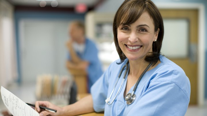 When developing a nursing contract, list the type of services you will be providing and any specific concerns regarding the location where you will be providing nursing services. You will also need to ascertain the costs of providing nursing services so you can adequately charge for your services, and calculate how those costs will be passed on to the customer.