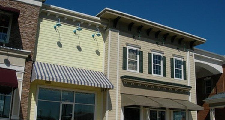 Tanto las propiedades comerciales como residenciales pueden ser inversiones rentables.